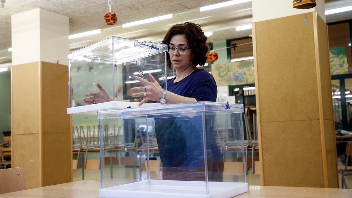 فتح صناديق الاقتراع في انتخابات كاتالونيا 21-12-2017