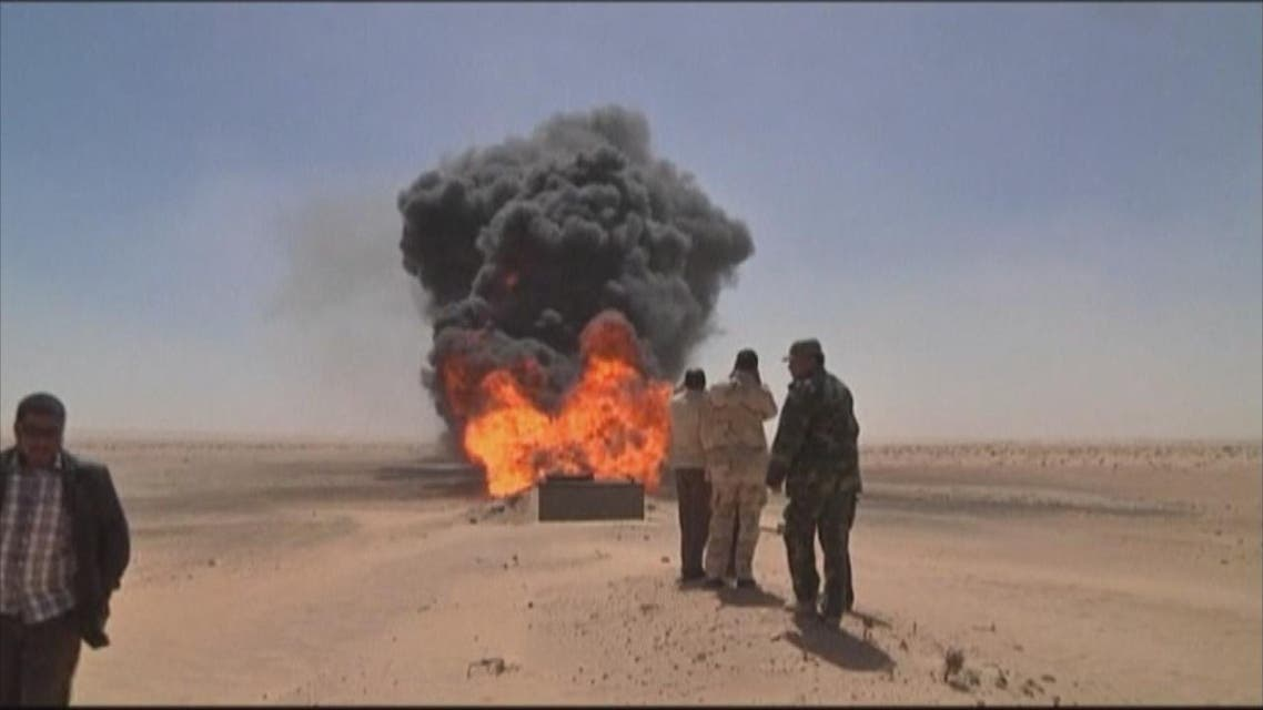 THUMBNAIL_ مسلحون يفجرون أنبوبا نفطيا في ليبيا