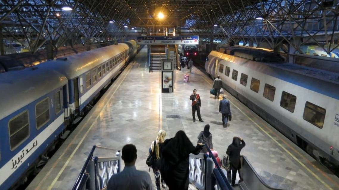 محطة قطار إيران