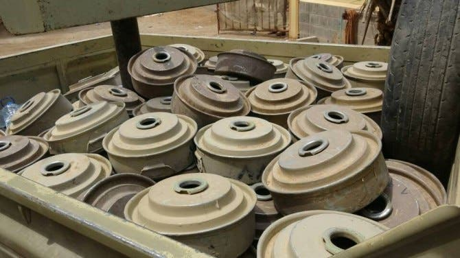 ألغام الحوثي في الخوخة (أرشيفية)