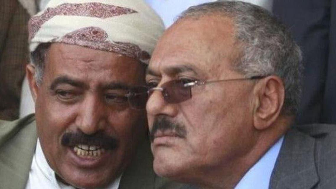 رئيس البرلمان اليمني مع الرئيس الراحل صالح