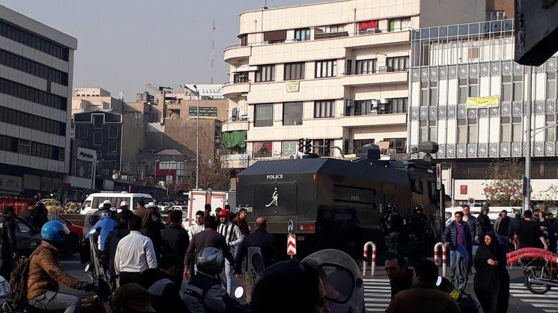 پنجمین روز اعتراضات مردمی در ایران به روایت تصویر