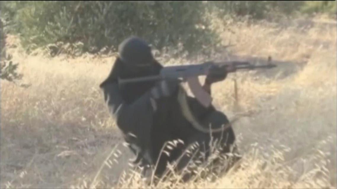 THUMBNAIL_ أشهر النساء الداعشيات بقضبة مقاتلين أكراد في سوري
