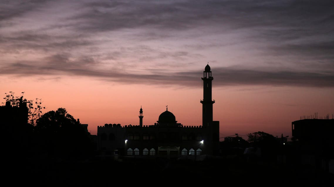 The sun rises over a mosque in Gaza City on Jan. 3, 2018. (AP)