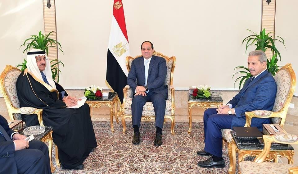 السيسي ووزير الخدمة المدنية وعضو مجلس الوزراء السعودي عصام بن سعي في القاهرة