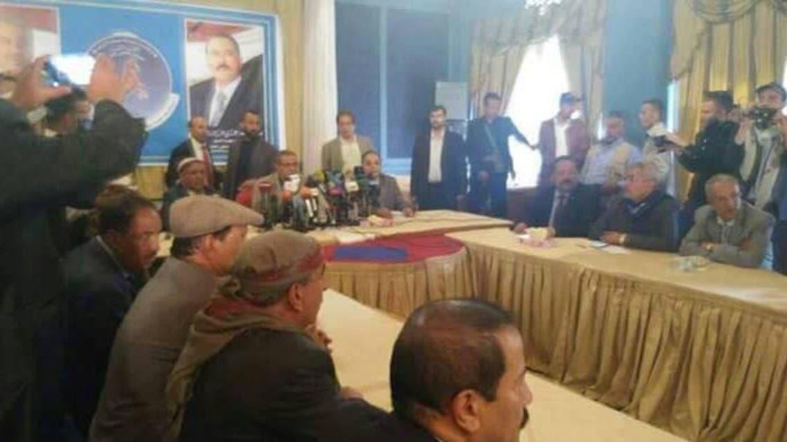 أول اجتماع لعدد من قيادات المؤتمر في صنعاء بعد مقتل صالح