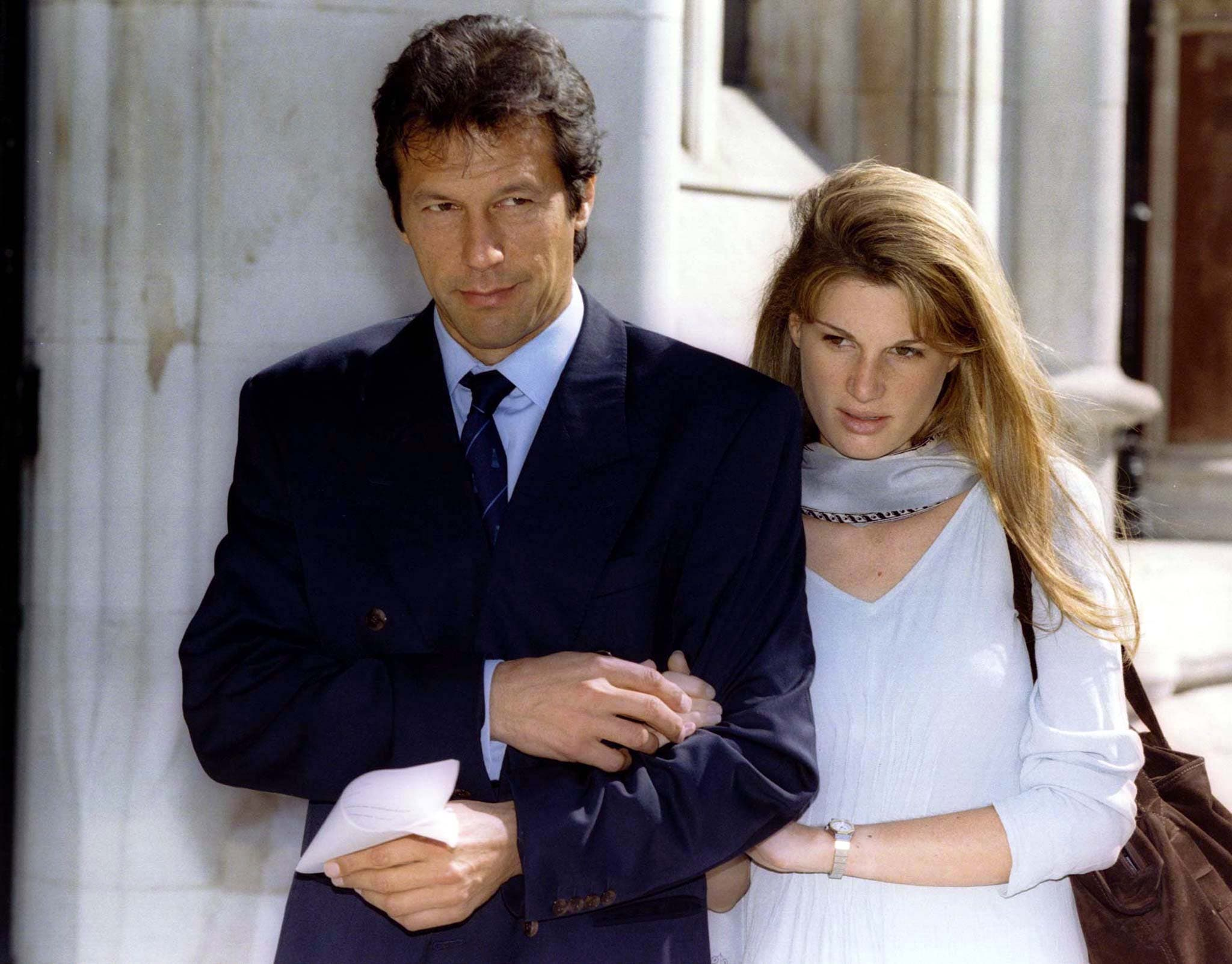 Imran Khan with Jemima at the London's High Court on July 26 1996. (Reuters)