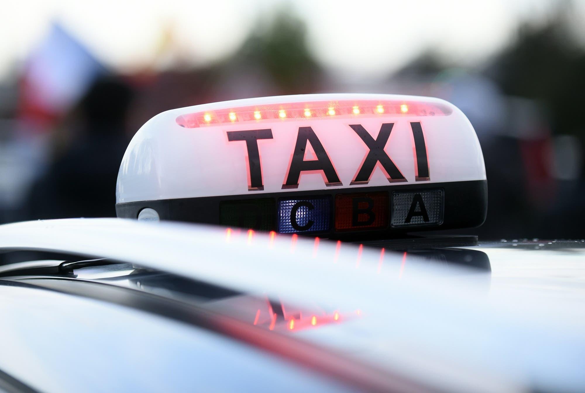 Taxi in Lebanon. (File photo: AFP)
