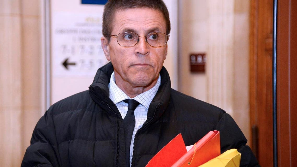 Hassan Diab, who was arrested in November 2008 for his alleged role in a 1980 Paris synagogue bombing, arriving at the Paris courthouse.  (File photo: AFP)