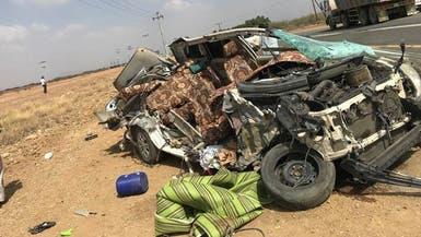 مقتل 6 من عائلة واحدة في حادث سير مروع بجازان