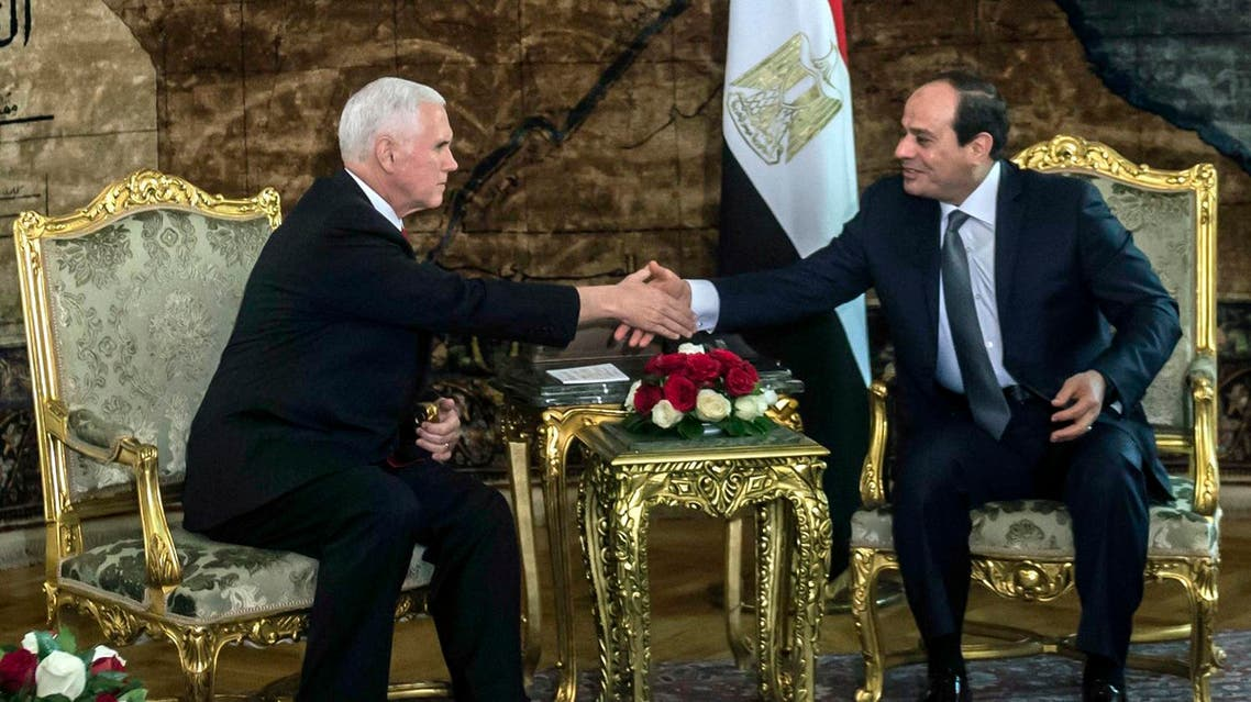 US Vice President Mike Pence shakes hands with Egyptian President Abdel-Fattah el-Sisi at the Presidential Palace in Cairo, on Jan. 20, 2018. (AP)