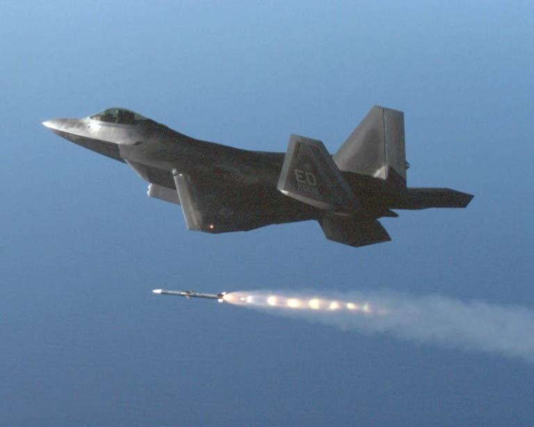 قدرة فائقة على دقة إصابة الأهداف المتحركة بصواريخ جو-أرض من أعلى ارتفاع