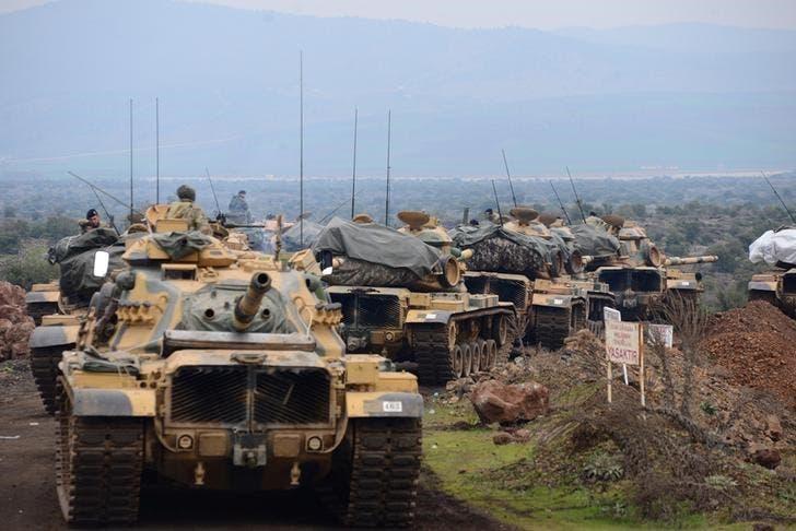قوات تركية على الحدود السورية التركية
