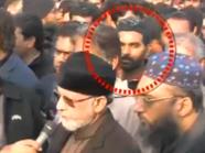 انظر إلى مغتصب وقاتل زينب الباكستانية وهو يمشي بجنازتها