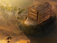 بالصور.. صخرة عملاقة تتحول لقصر فريد قبل آلاف السنين