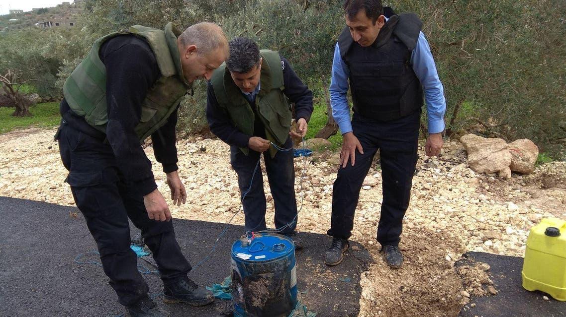 ألغام في الطرق الواصلة بين قرى فلسطينية