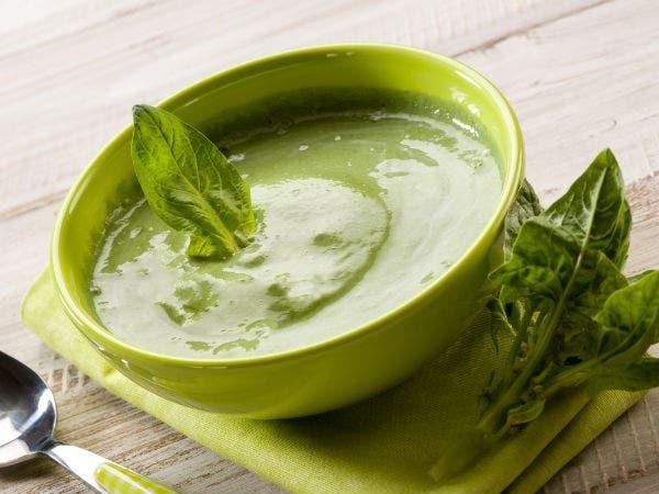 حساء السبانخ
