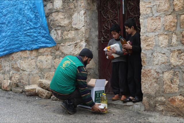 مساعدات مركز الملك سلمان في حلب وإدلب