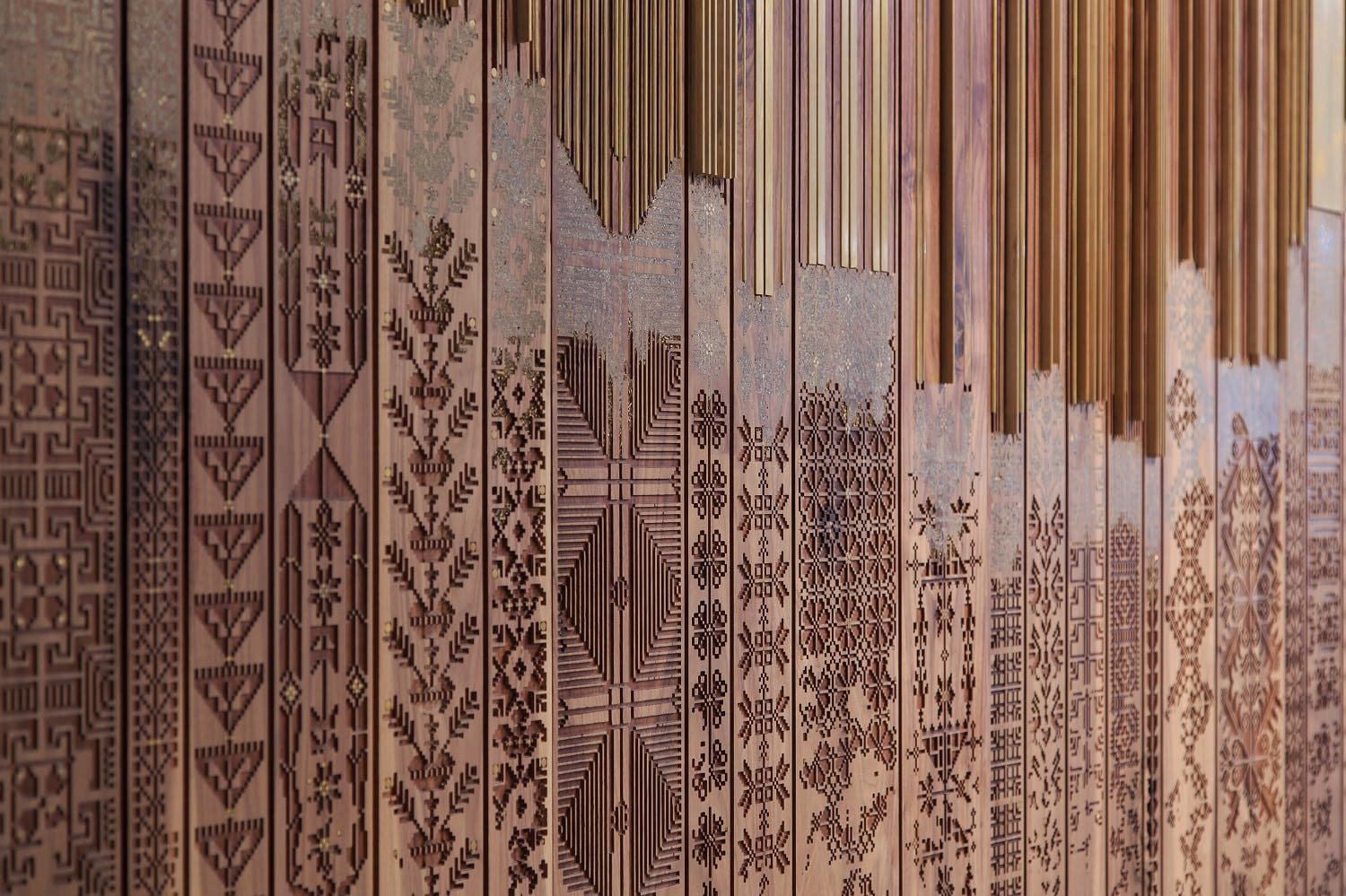 naqsh collective (Nisreen and Nermeen Abudail): Shawl (2015), detail Walnut wood, paint and brass. ( Photo: Nabil Qutteineh)