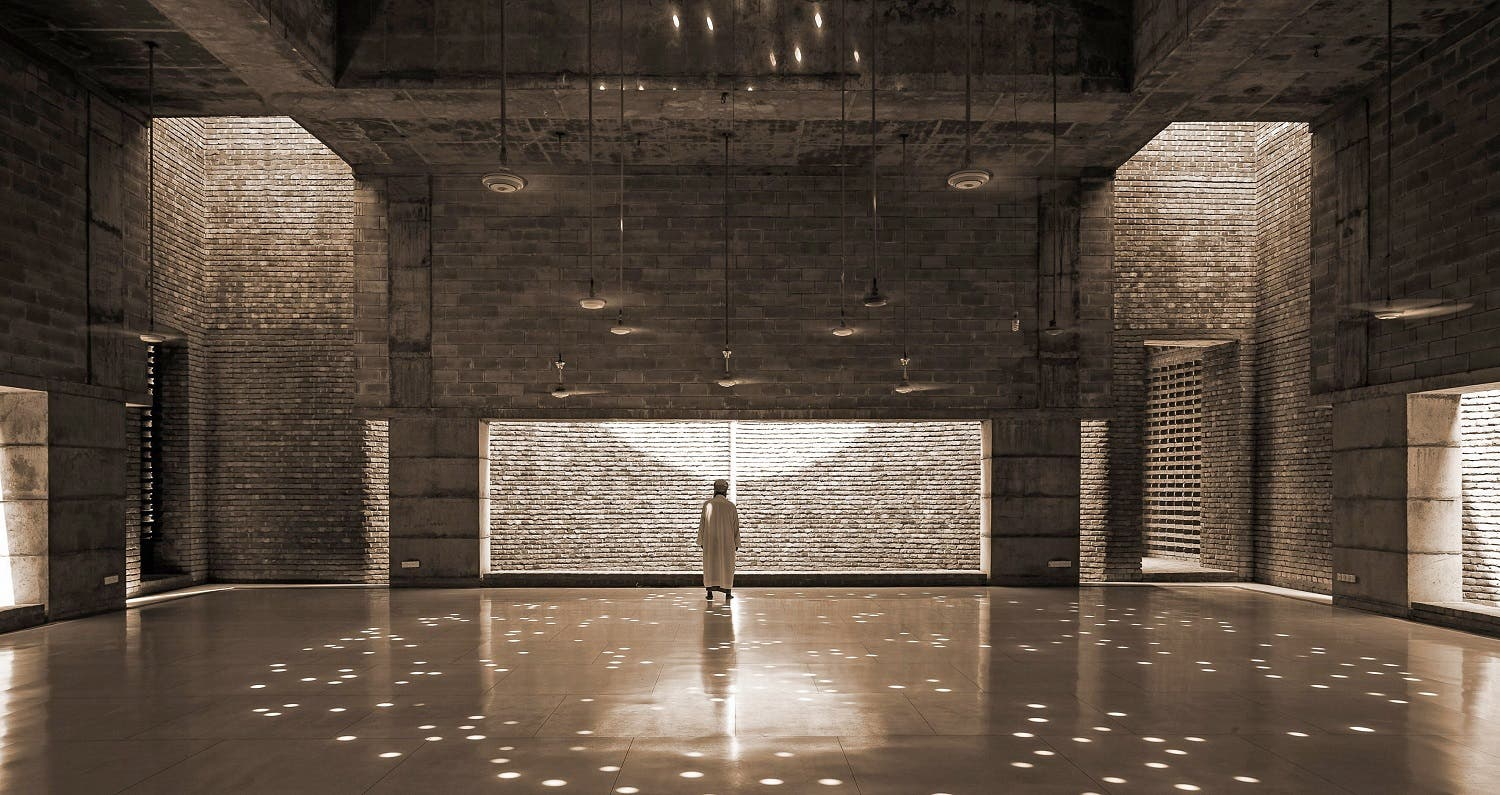 Marina Tabassum: Prayer Hall, Bait ur Rouf Mosque Dhaka, Bangladesh (2012). (Photo: Sandro di Carlo Darsa)