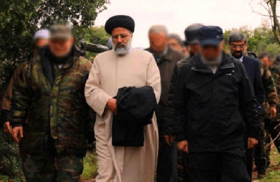 رئیسی به همراه شماری از فرماندهان حزبالله در حال بازدید از منطقه مرزی لبنان و اسرائیل