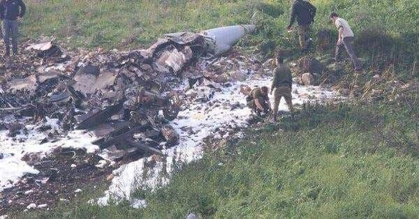 الصور الأولية لحطام الـF16 الإسرائيلية والغارات الجوية