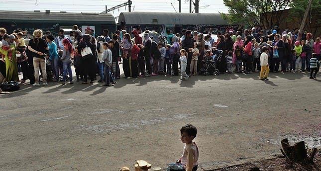 اليونان تعاني من اكتظاظ مراكز اللاجئين