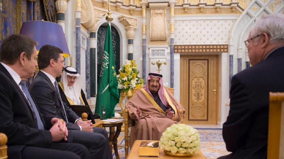 King Salman bin Abdulaziz Al Saud discussed on Wednesday with Russian Energy Minister Alexander Novak ways of  re-balancing oil markets by producing countries to reduce the surplus from world oil stocks. (SPA)