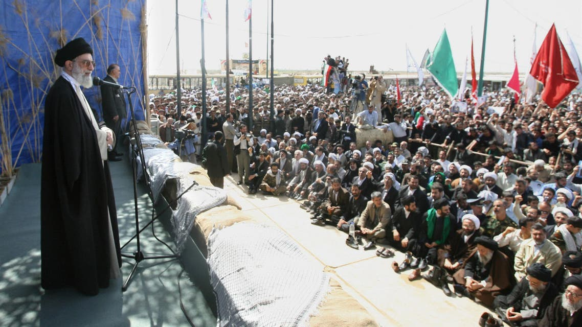 Iran's Supreme Leader, Ayatollah Ali Khamenei, speaks to ethnic Arabs during a visit to Dehlavieh in the southern oil province of Khuzestan, on 25 March 2006. (AFP)