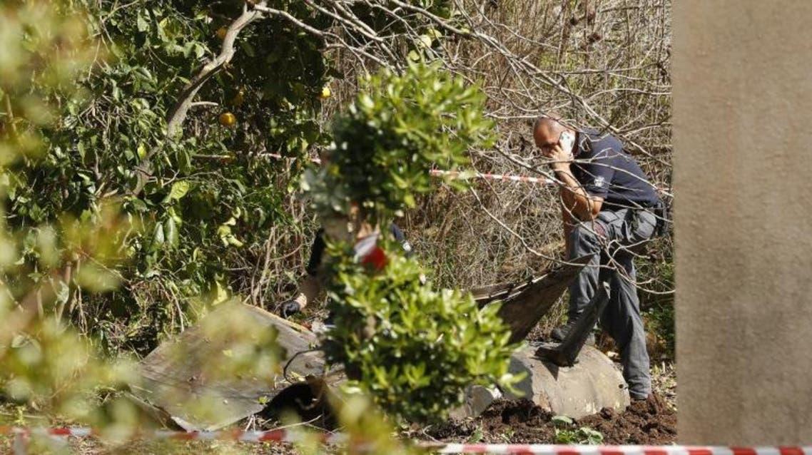حطام المقاتلة الإسرائيلية التي أسقطتها دمشق الأسبوع الماضي