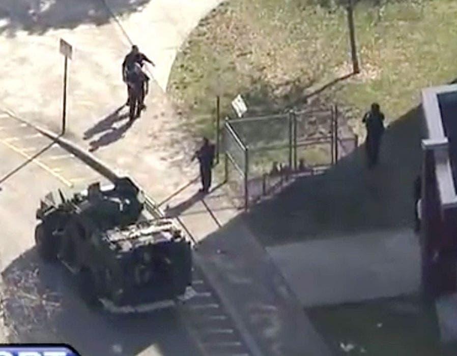 قوات الطوارئ سارعت إلى موقع المدرسة لمواجهة مطلق النار