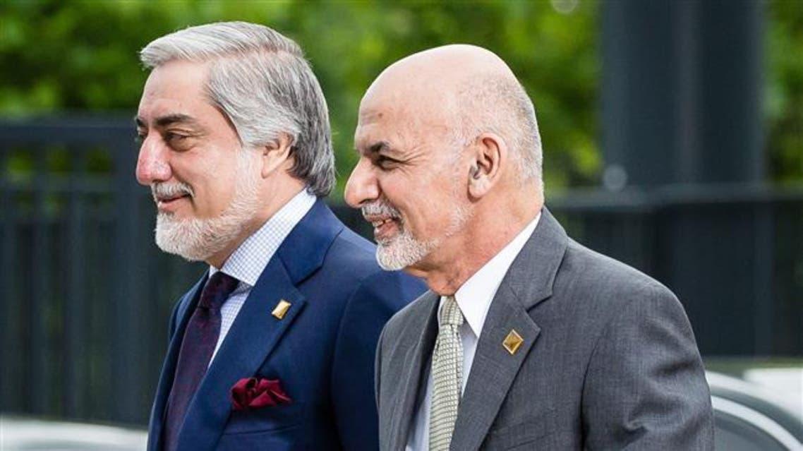 اختلاف رییس جمهوری و رییس اجرایی افغانستان بر سر توزیع شناسنامههای برقی