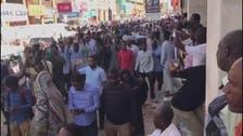 البشير يفتح صفحة جديدة.. الإفراج عن معتقلين بالسودان