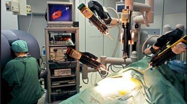 ما المشاكل التي قد تنتج عن جراحات المستقبل الروبوتية؟