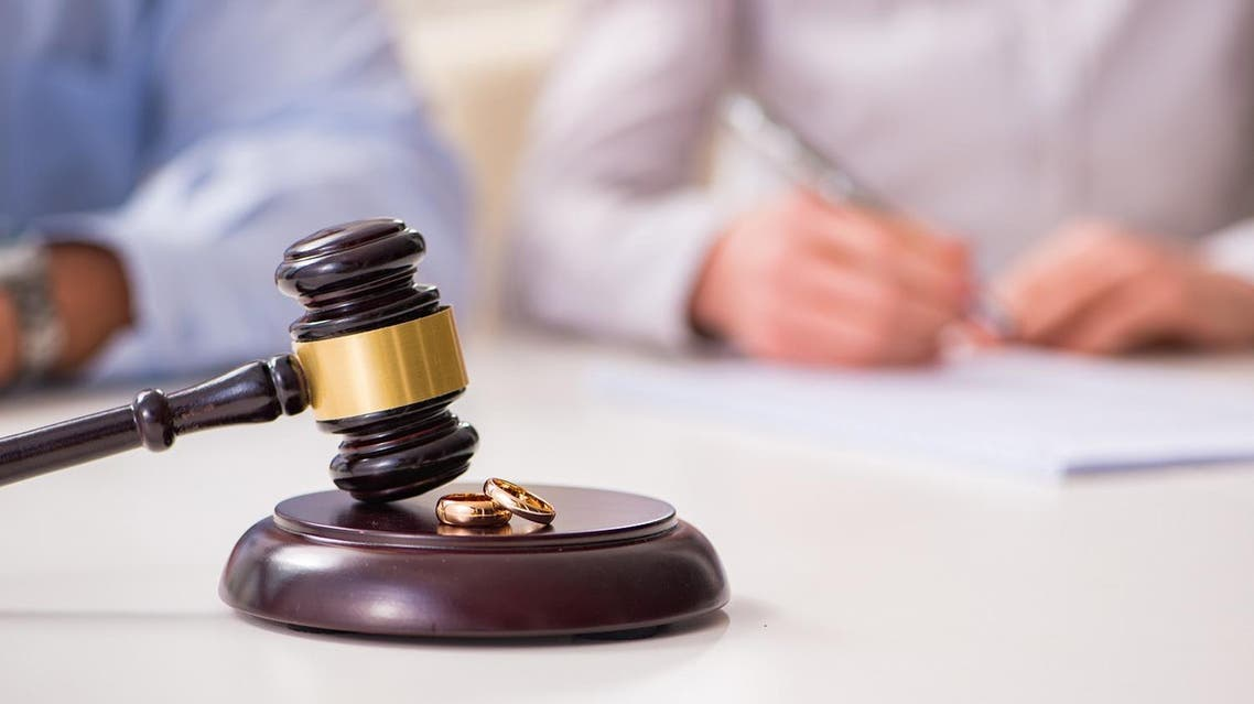 divorce in court (shutterstock)