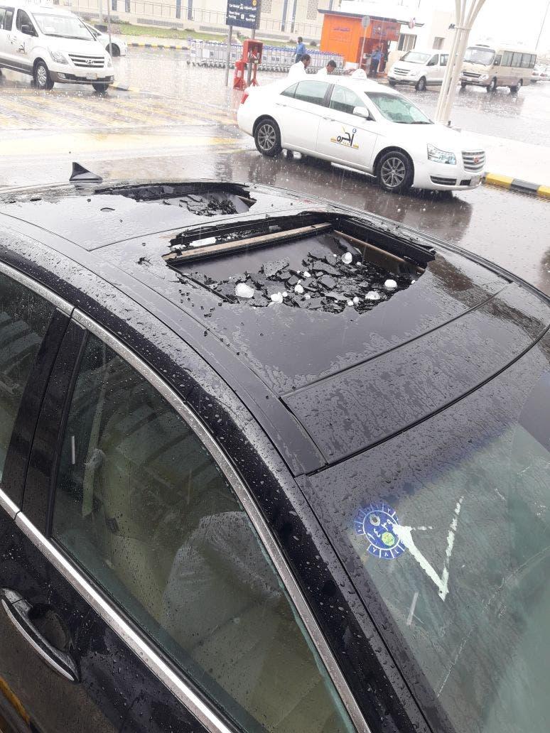 برد المدينة المنورة يحطم السيارات 1