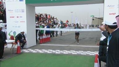 الإثيوبي مولا بطلاً لماراثون الرياض الدولي