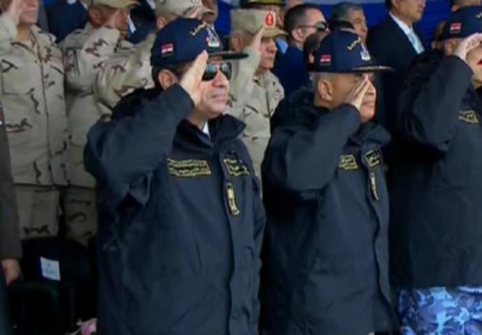 السيسي خلال حضوره احتفال القوات المسلحة في مدينة سفاجا