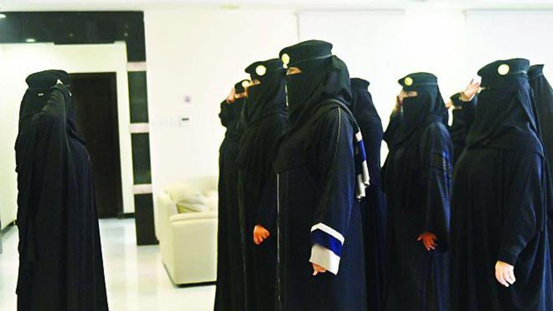 جنود نساء وقت تدريب سابق