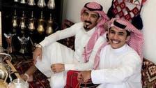 """شاهد ديوانية سعودية بأميركا.. قهوة عربية و""""حلوة الجوف"""""""