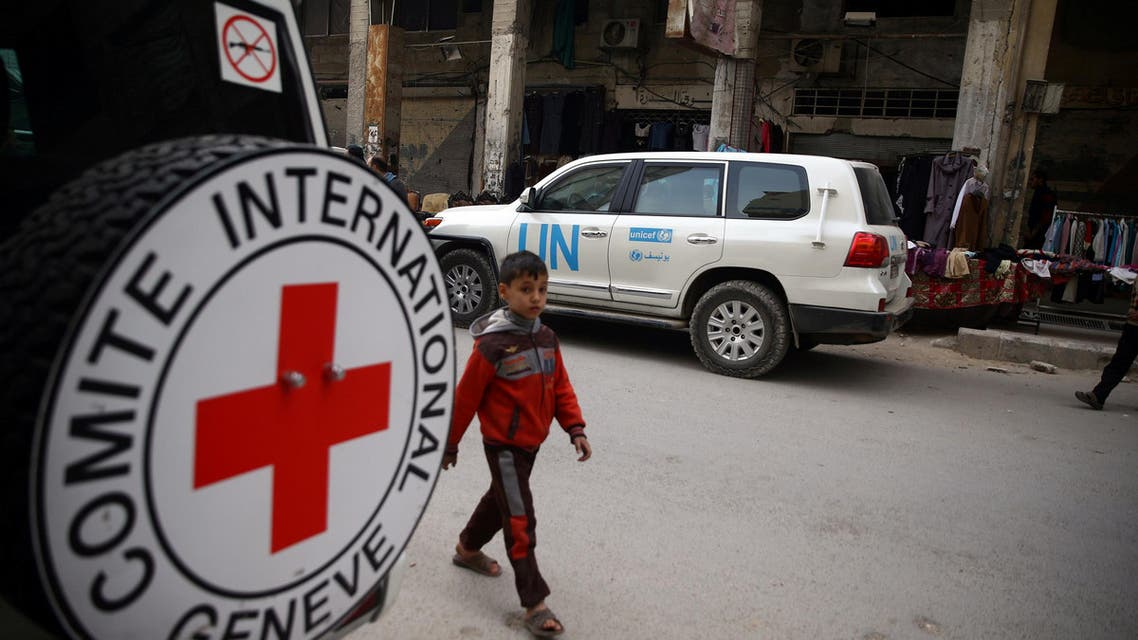 Syria red cross aid. (Reuters)
