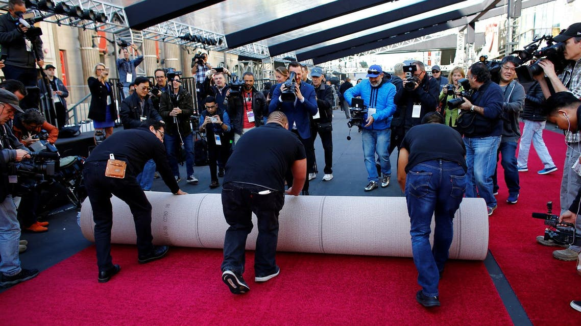 Red carpet being rolled out in preparations for the 90th Academy Awards in Hollywood on February 28, 2018. (Reuters)