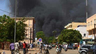 فرنسا ترجِّح: جماعات إرهابية وراء هجوم بوركينا فاسو