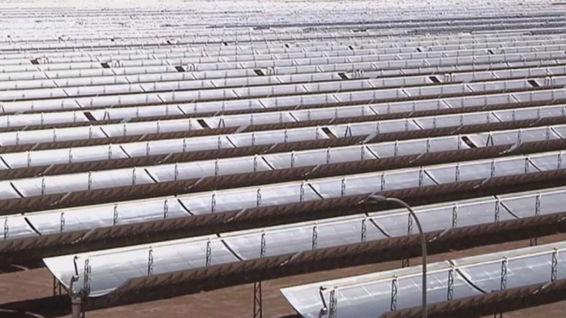 THUMBNAIL_ المغرب يتجه لصنع ألواح الطاقة الشمسية داخليا