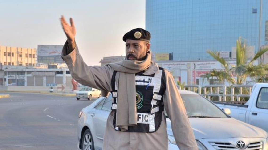 شرطى من إدارة المرور في السعودية