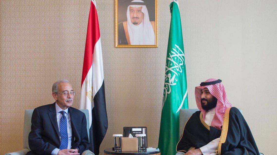 ولي العهد السعودي يلتقي رئيس الوزراء المصري