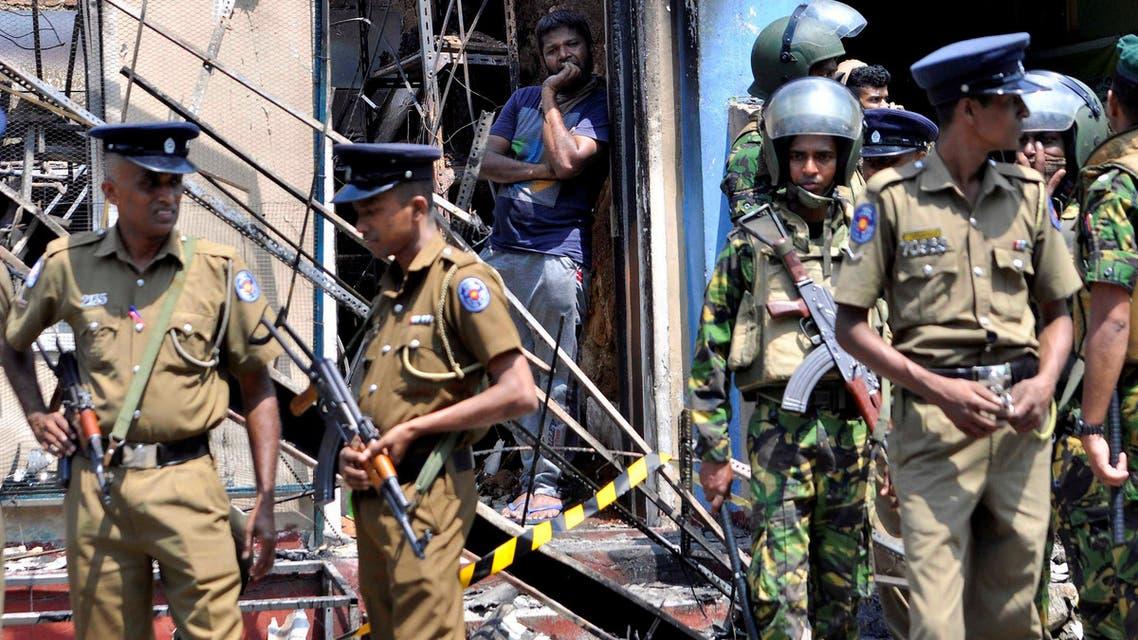 عناصر من الشرطة السريلانكية 3