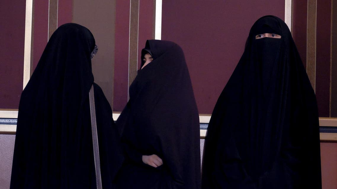 Veiled Iranian women attend a campaign gathering for elections in Tehran February 24, 2016. (Reuters)