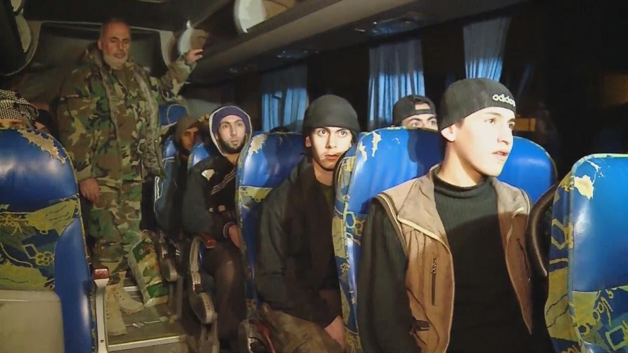 أول دفعة من مقاتلي النصرة تصل إلى ريف إدلب
