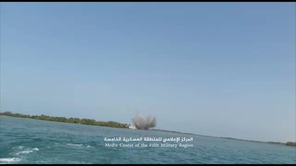تفجير ألغام بحرية جديدة عثر عليها الجيش اليمني